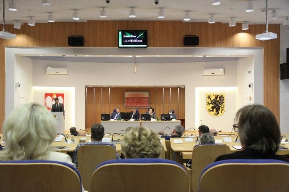 Radni chcą ustawy metropolitalnej dla Pomorza. Od roku czeka w Sejmie