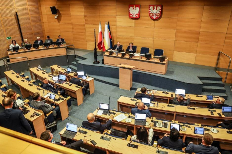 Radni małopolscy ustanowili dwie nowe nagrody