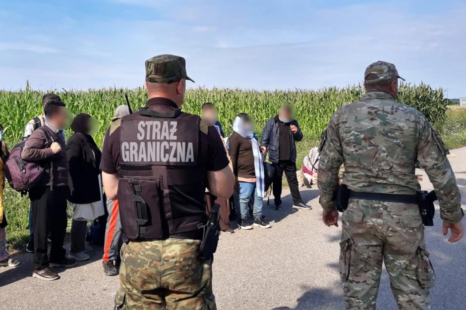 """""""Samorząd wspiera fundacje krytycznie oceniające działania służb na granicy z Białorusią"""""""