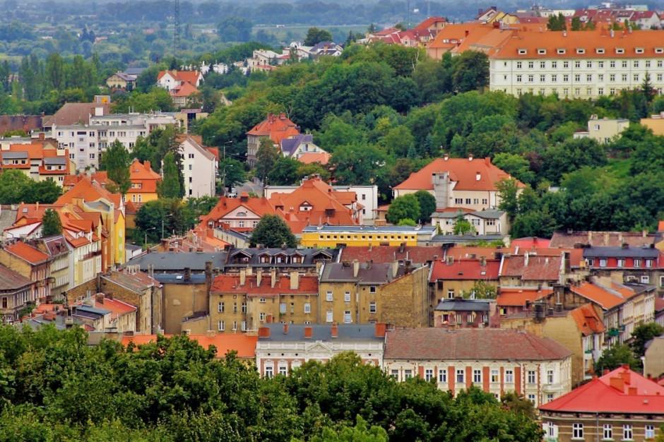 Gorzów Wielkopolski sprzedał kolejne nieruchomości. Budżet miasta zasiliło ponad 3,5 mln zł