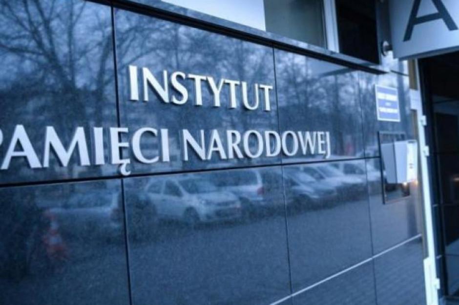 """Chcą odwołania Krzysztofa Wyszkowskiego. """"Nie powinien zasiadać w Kolegium IPN"""""""