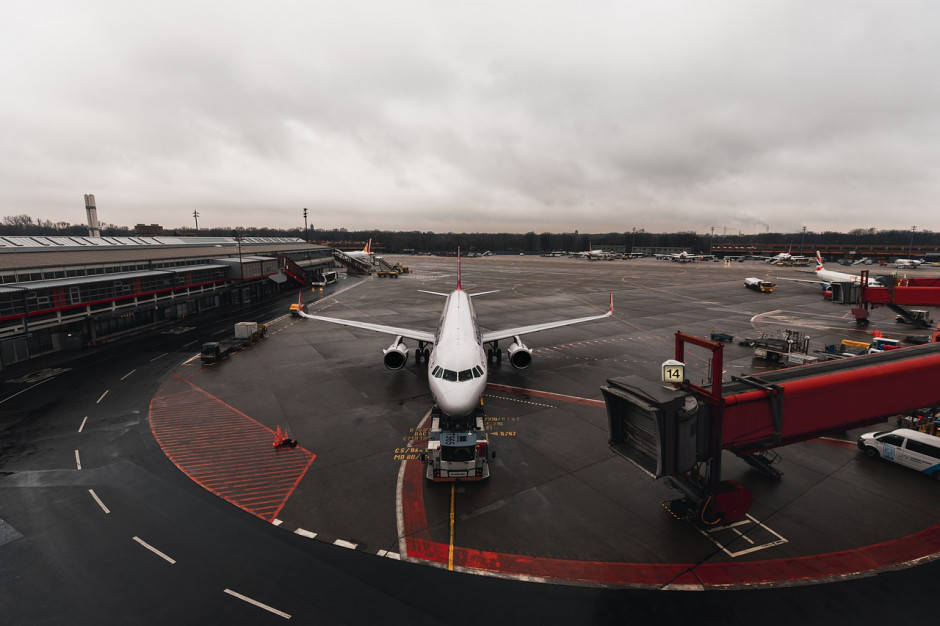 Prezydent podpisał ustawę, która ma zwiększyć bezpieczeństwo lotnisk