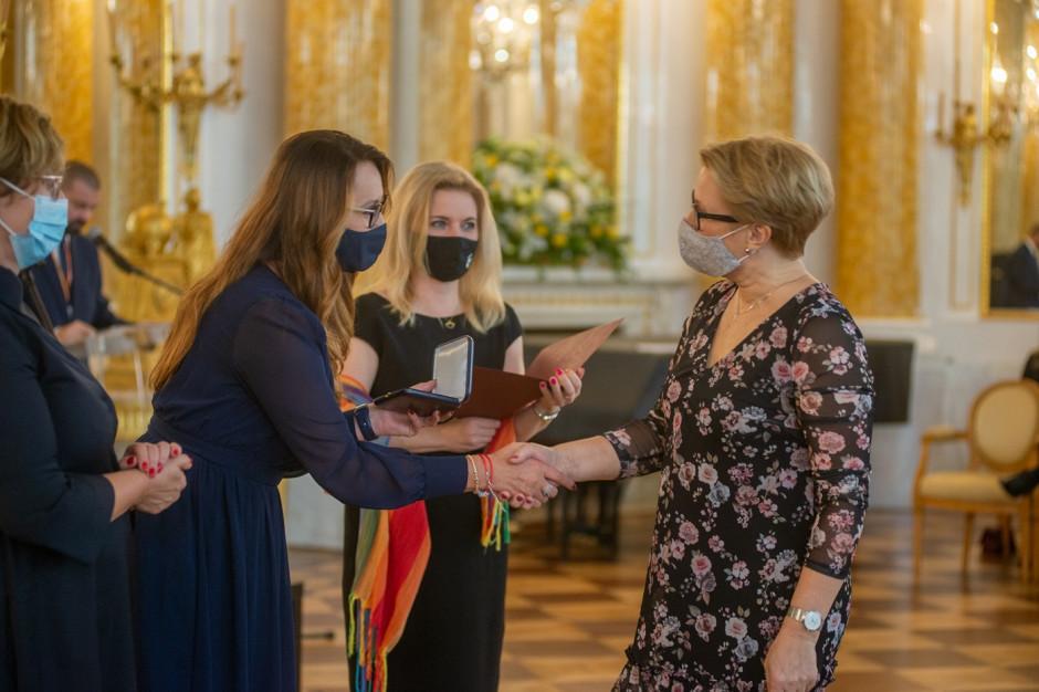 Nagrody finansowe dla nauczycieli w Warszawie, Szczecinie, Lublinie, Toruniu i Kielcach
