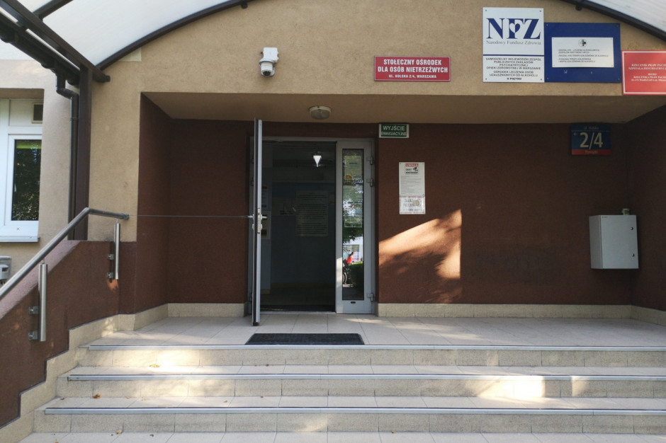 Rada Miasta Warszawy podniosła opłaty za pobyt w izbie wytrzeźwień