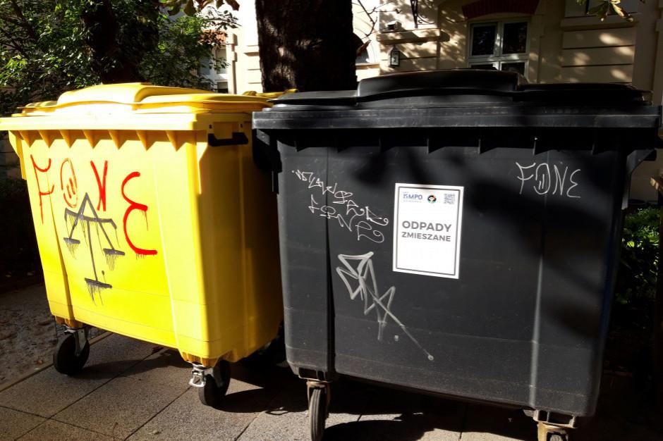 Olsztynianie chętnie korzystają z ekomatów, wspierających segregację odpadów